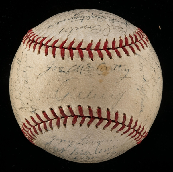 New York Yankees team signed baseball c.1937